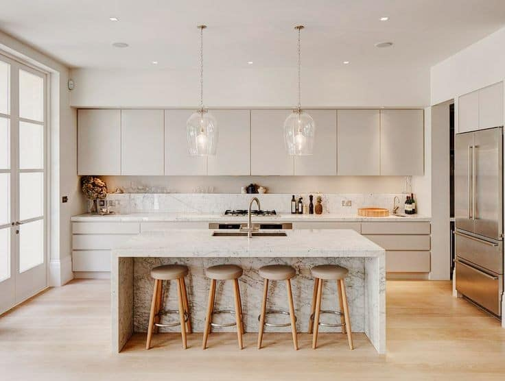 How to light your kitchen | read more about ilumination tips in my blog post