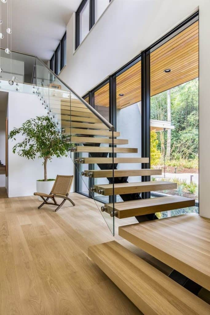 Floating staircase can be great detail and eye catcher in your home