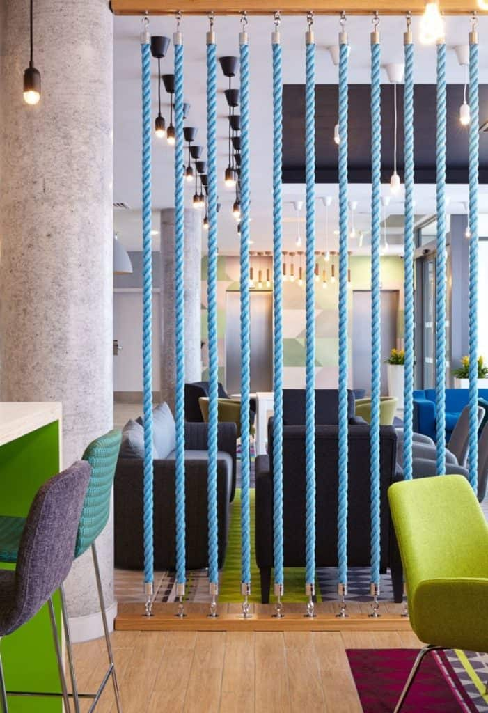 Details in interior Using rope as wall divider | partition