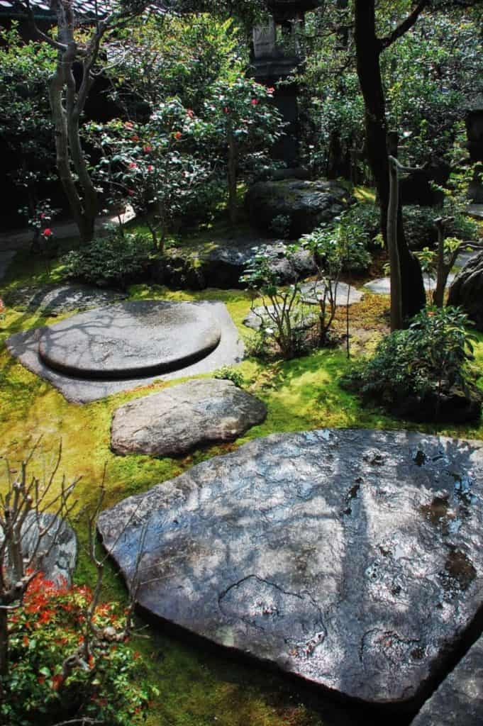 Garan-ishi - temple stone in Japanese rock garden design