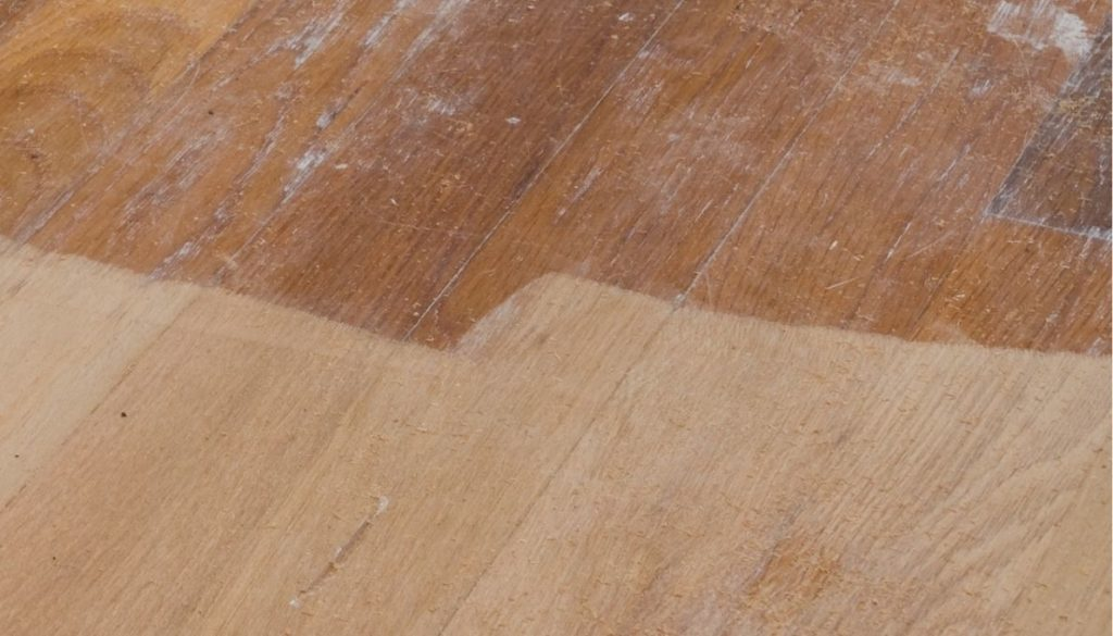 How to lighten dark wood floors? - Step 2: Sanding