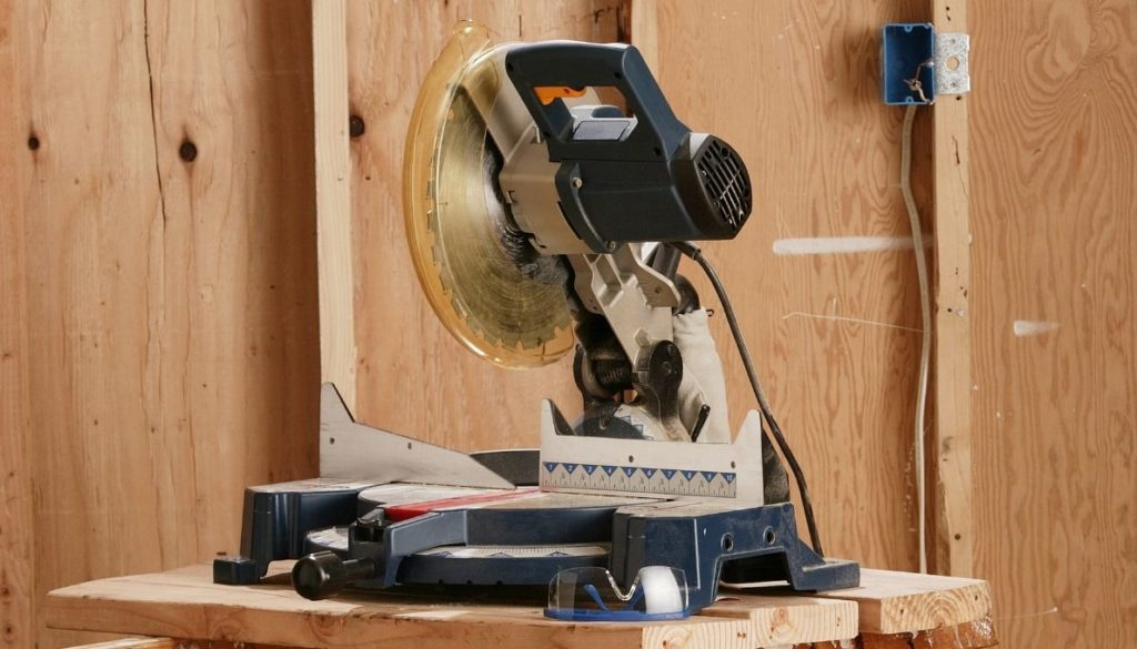Can you cut laminate flooring with a chop saw?