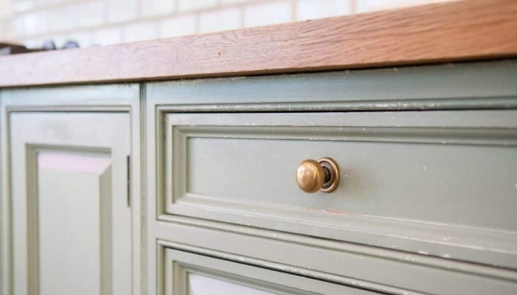 Is It Cheaper To Paint Or Reface Kitchen Cabinet